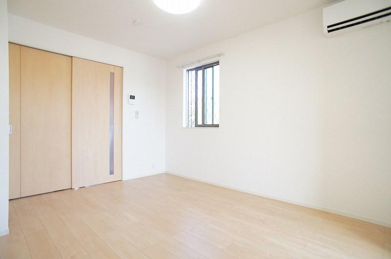ゆりの木・Ⅵ 01010号室の居室