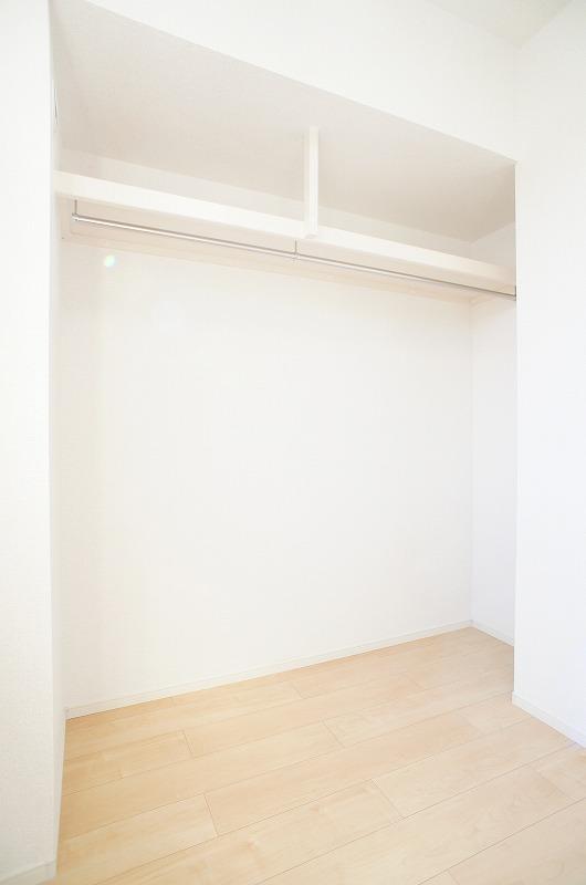 ゆりの木・Ⅵ 01010号室の収納