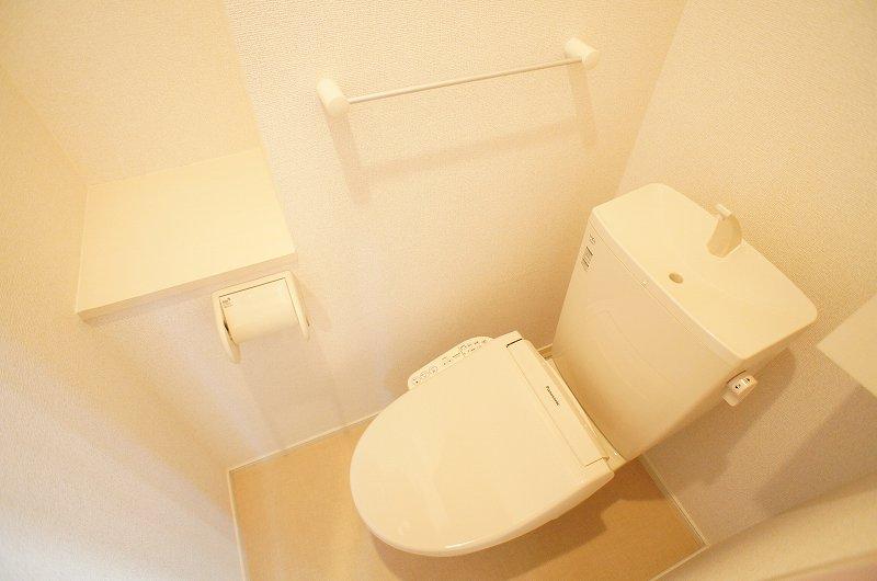 ゆりの木・Ⅵ 01010号室のトイレ