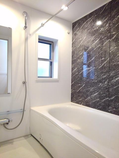 ベル フィオーレ 02040号室の風呂