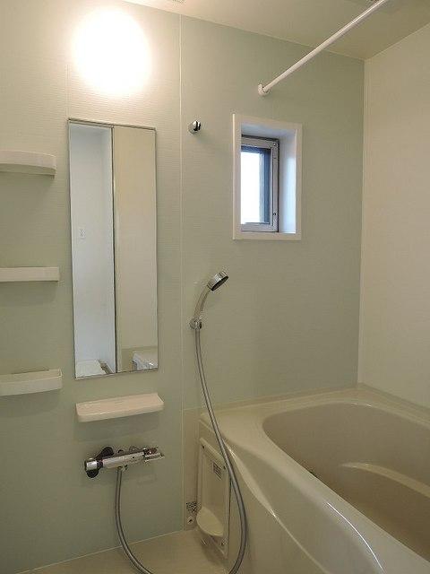 レガリア 301号室の風呂