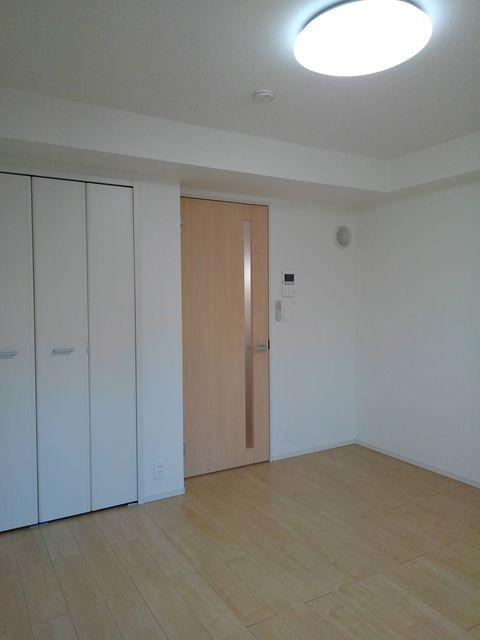 エラーブル港南 202号室のベッドルーム
