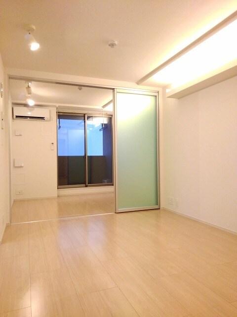 セゾン アキ 02040号室の居室