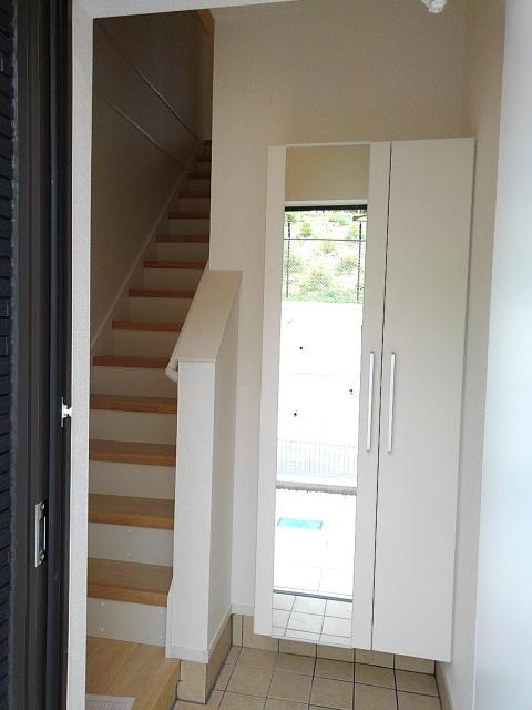 アステール AO Ⅱ 02030号室の玄関