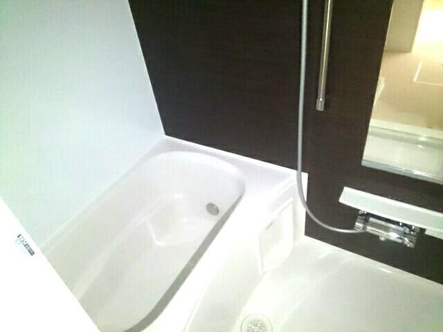 foresta 御所ノ内 302号室の風呂