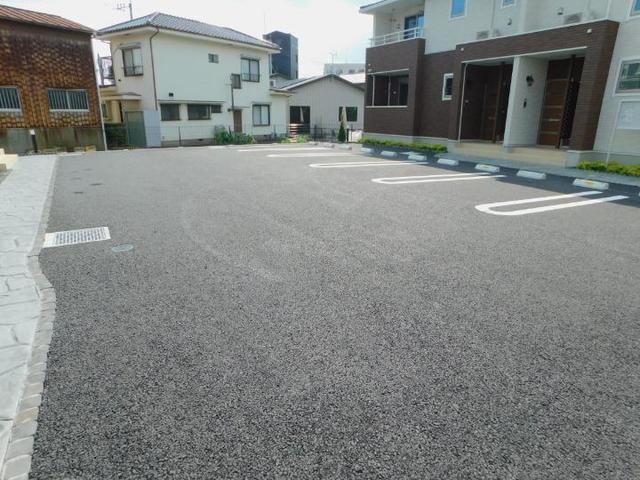 メゾン・ド・yu Ⅰ 01020号室の駐車場