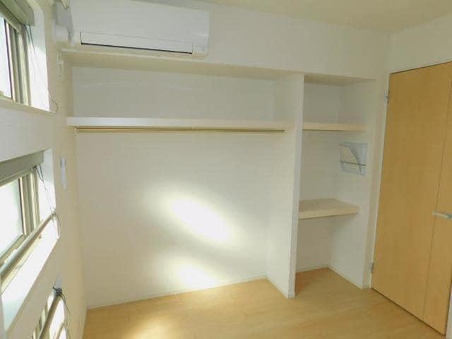 メゾン・ド・yu Ⅰ 02020号室の収納