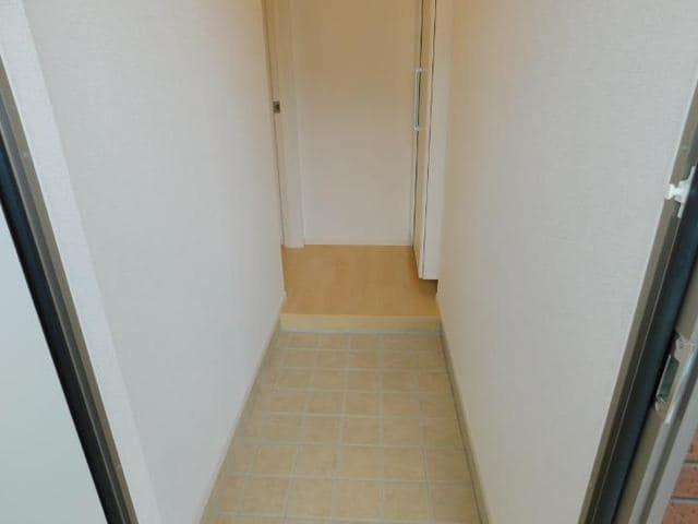 メゾン・ド・yu Ⅱ 01010号室の玄関