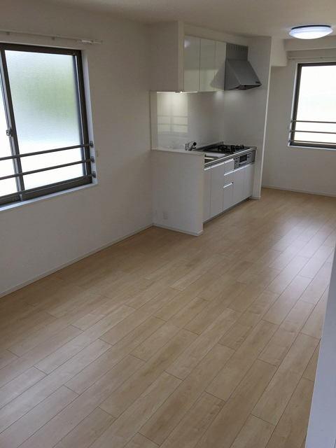 コリーナ稲熊 302号室のキッチン