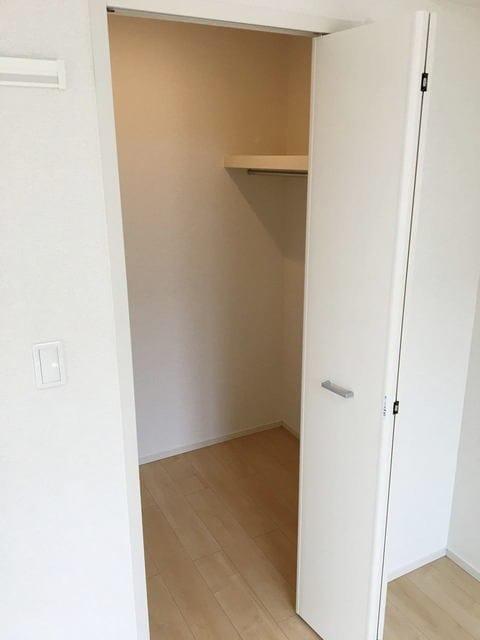 コリーナ稲熊 302号室の収納