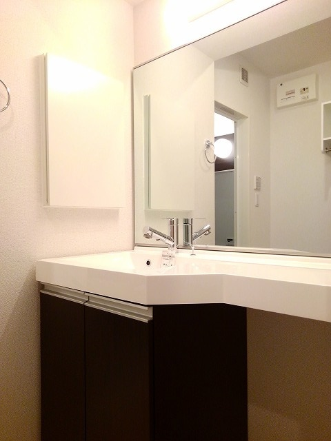 アリエッタ 02020号室の洗面所
