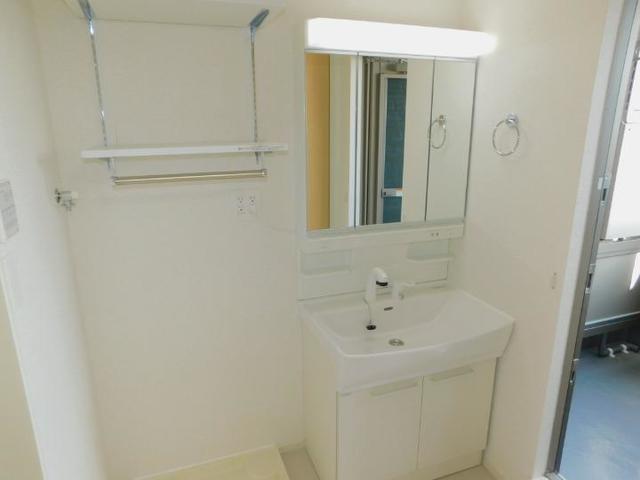 上戸祭町アパート 03020号室の洗面所