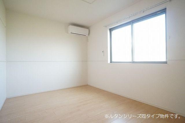 シュウ 01010号室の居室
