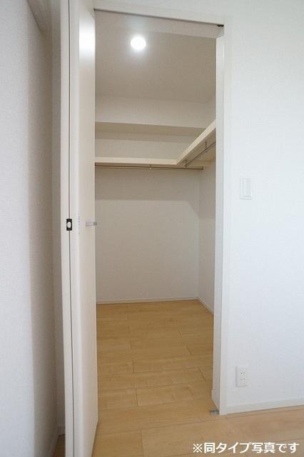 シュウ 02010号室の収納