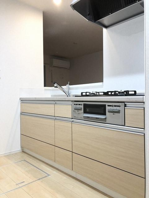 メゾンシャルムⅠ 01010号室のキッチン