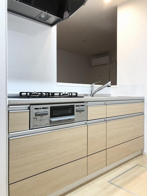 メゾンシャルムⅠ 01020号室のキッチン