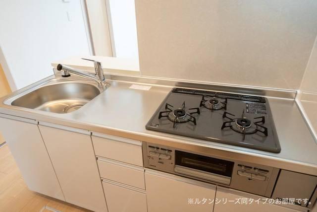 プレジール 01010号室のキッチン