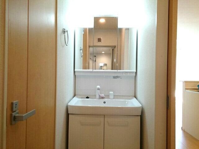 ベルグ しらゆり 203号室のトイレ