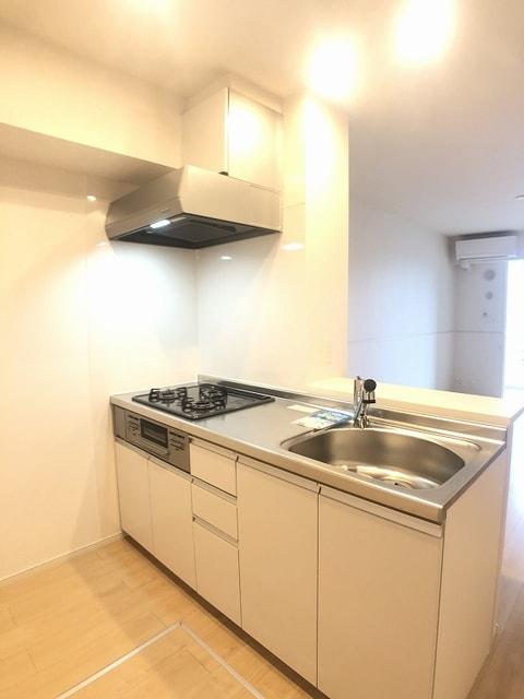 ベラカーサ プリモ 103号室のキッチン