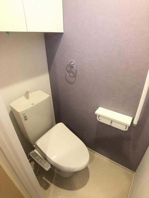 ベラカーサ プリモ 103号室のトイレ