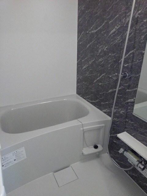 シダーコート 103号室の風呂