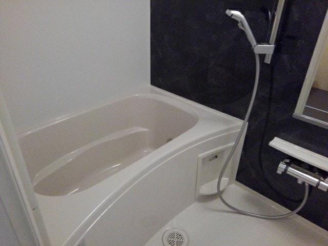 フルール小柳 105号室の風呂