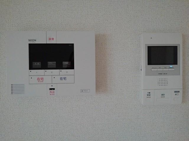 フルール小柳 203号室のセキュリティ