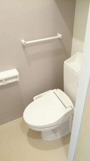 サニーウェル 101号室のトイレ