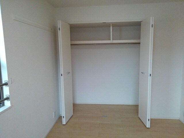 グリシーヌ 201号室の収納