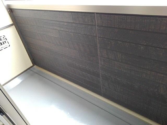 ヴィラ・サンセールⅡ 108号室のバルコニー