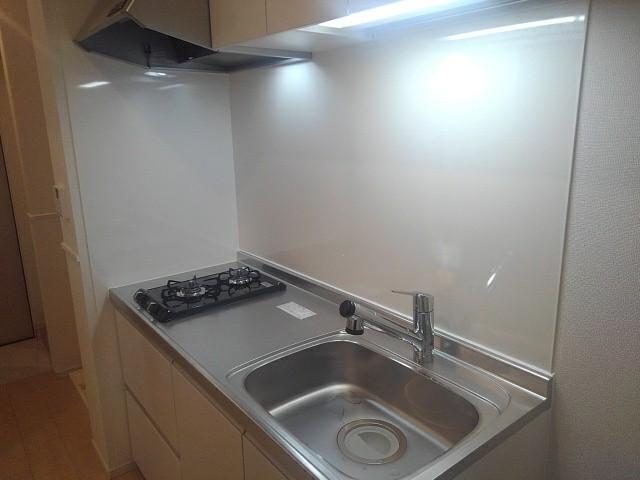 アゼリア調布 105号室のキッチン