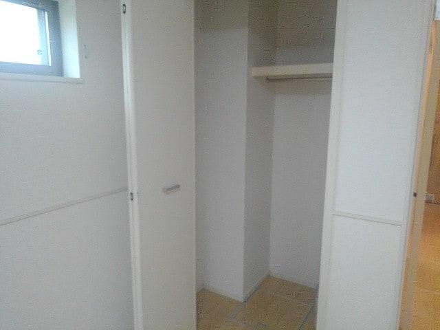 アゼリア調布 105号室の洗面所