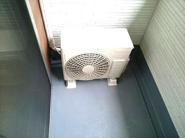 プレミレント 203号室のバルコニー