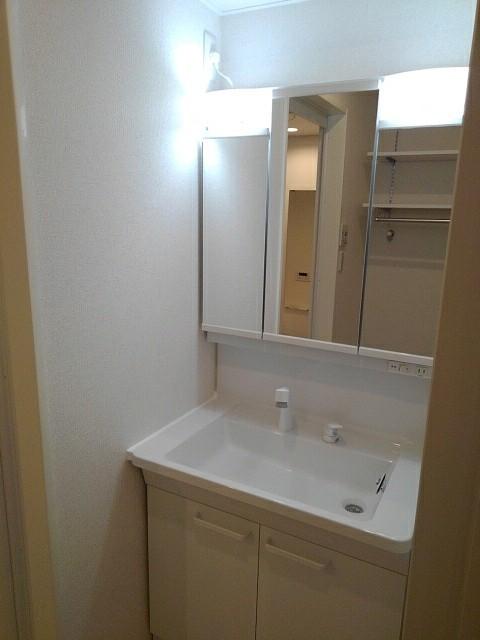 ブレイブA 203号室の風呂
