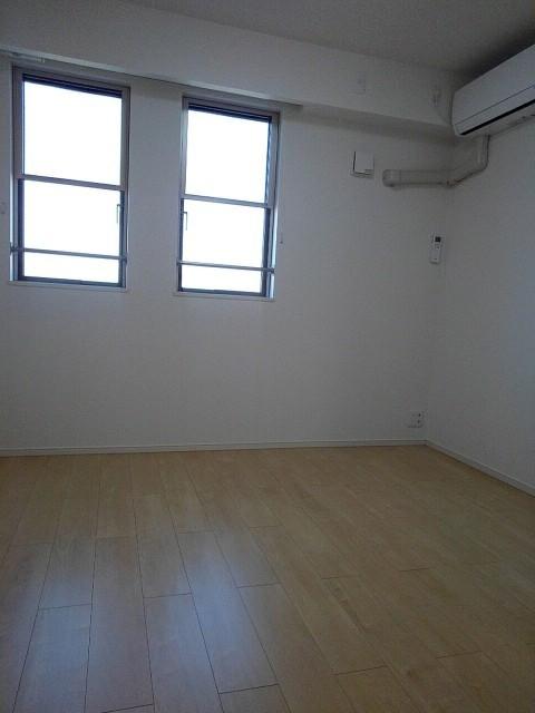 プランドール 202号室のベッドルーム