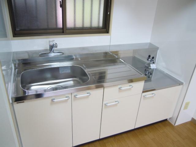 コーポオリンピア 203号室のキッチン