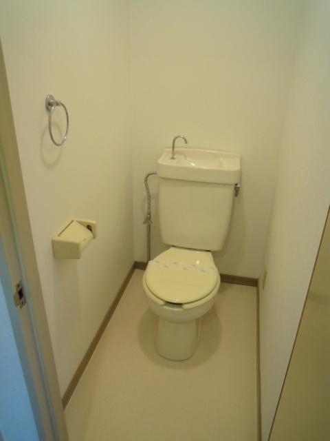 コーポオリンピア 203号室のトイレ
