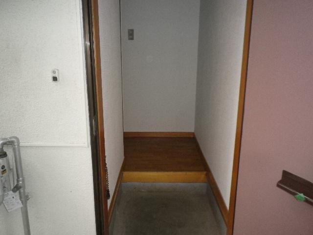 サンハウス松本B B101号室の玄関