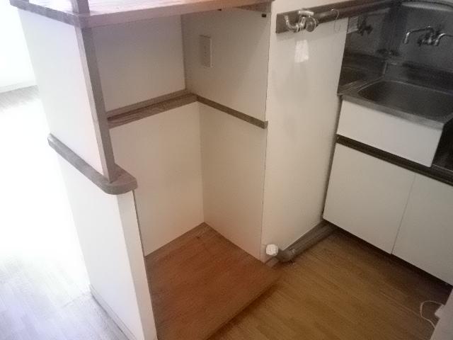 ピアマイン勝山 202号室のキッチン