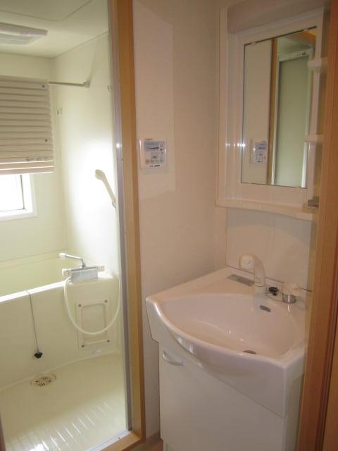 アクアタウンイーストⅡ 603号室の洗面所