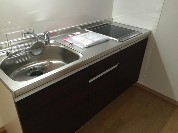 ブループラネット 201号室のキッチン