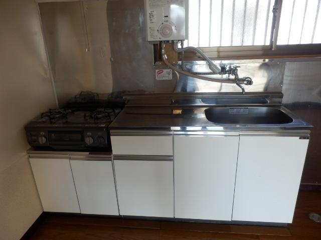 エスポワール元町Ⅱ 207号室のキッチン