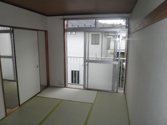 辻サンハイツ 203号室のリビング