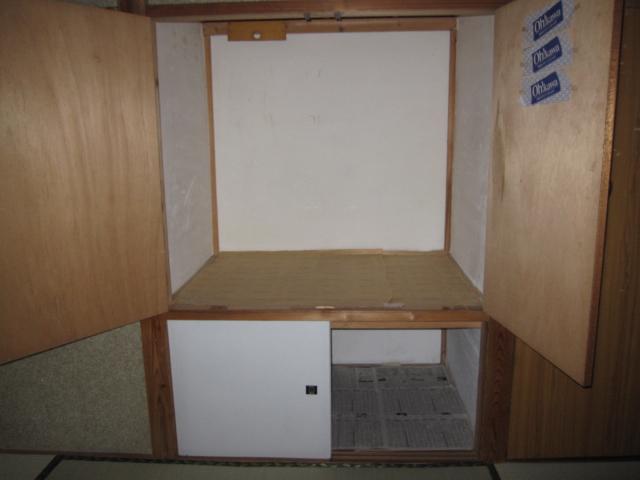 カレッジハイツ 103号室の収納