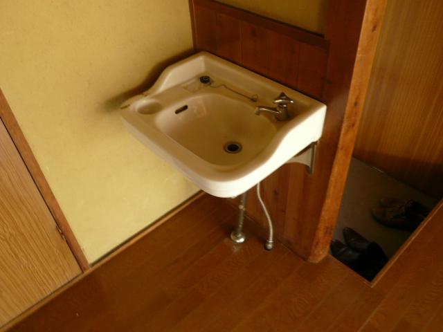 石田様 借家3号棟の洗面所