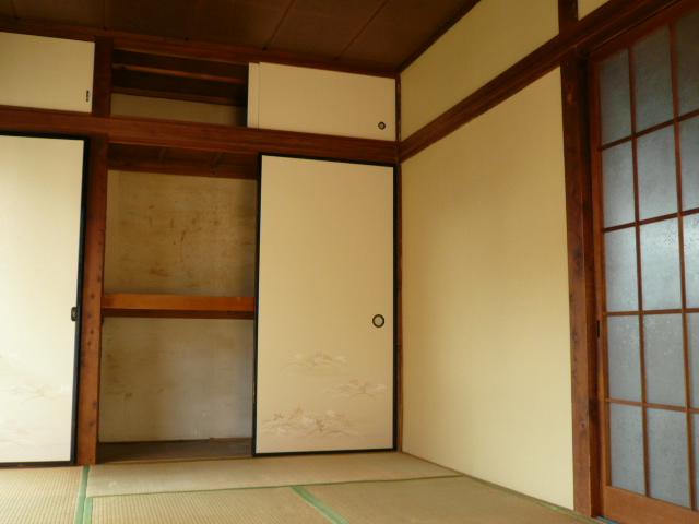 石田様 借家3号棟の収納