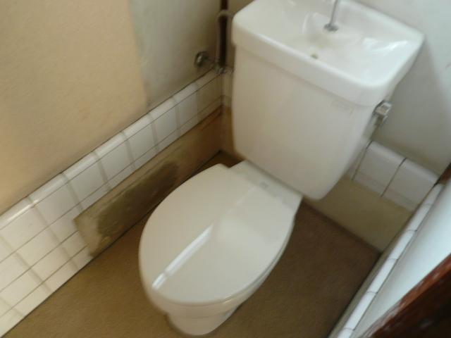 石田様 借家3号棟のトイレ