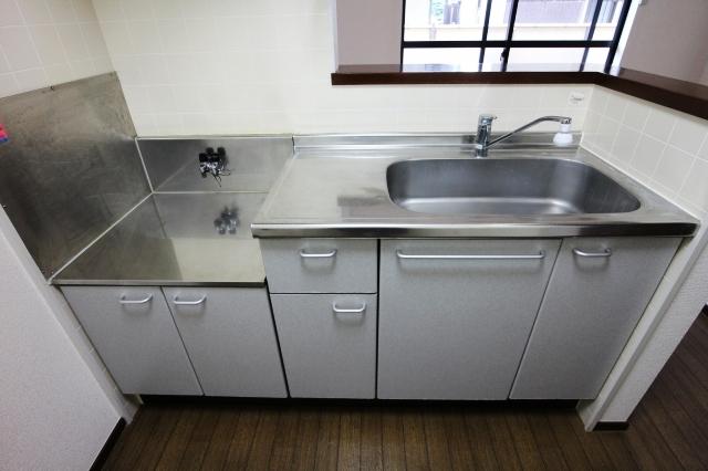 ジルメゾン神明 301号室のキッチン