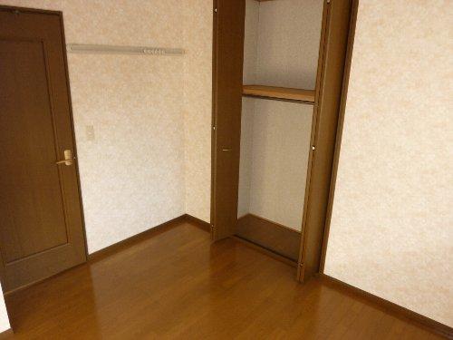 ハイツパルム 104号室の収納