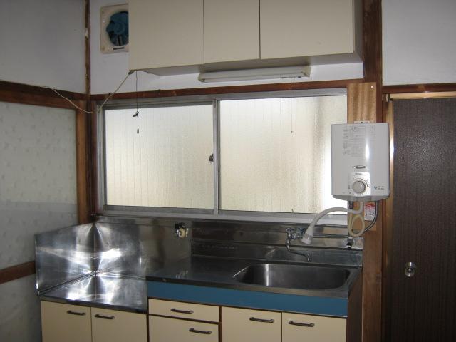 明美荘 201号室のキッチン